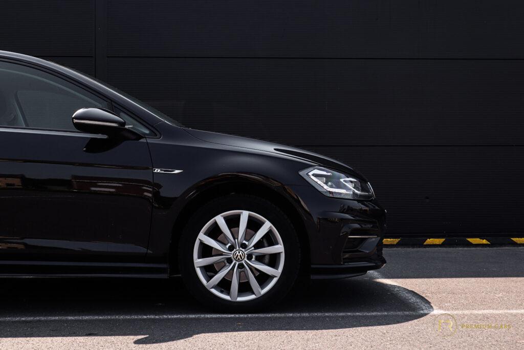 Volkswagen Golf R-Line l DSG l Digital cockpit l Dynamic blinkers